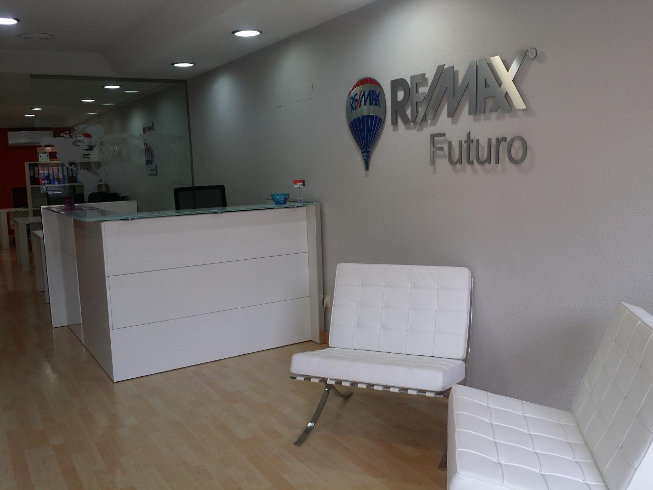 RE/MAX Futuro