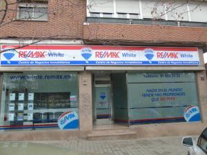 RE/MAX White