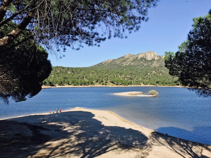 Tour of the best new blue flag beaches in spain in 2018 idealista virgen de la nueva in the san juan reservoir in madrid publicscrutiny Choice Image