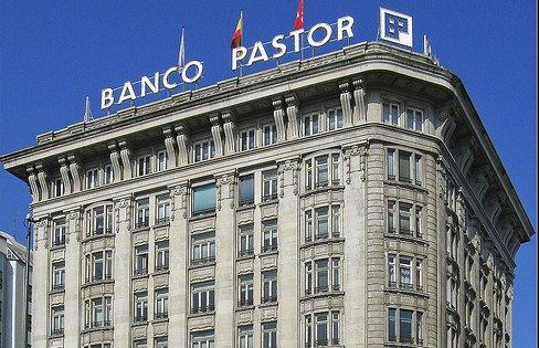 banco pastor vender y alquilar sus oficinas para ganar