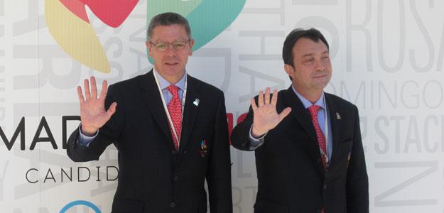 El alcalde Alberto Ruiz Gallardón y  el vicealcalde Manuel Cobo