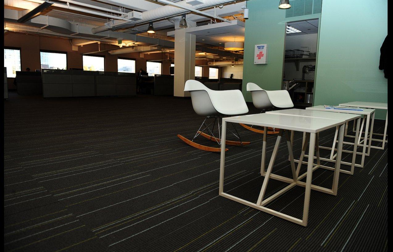 Twitter fotos de las oficinas de la red social del for Las oficinas