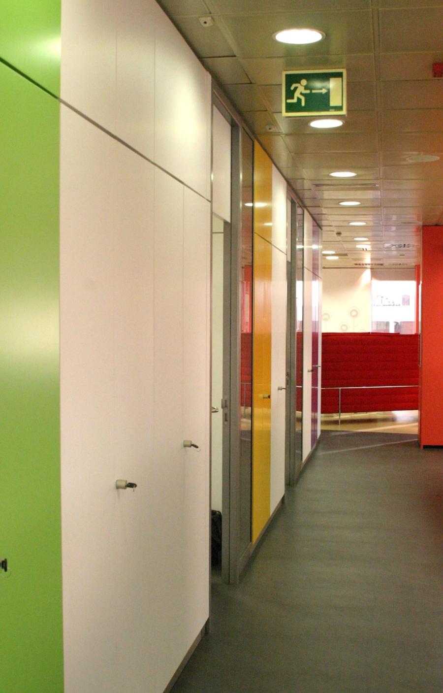 Vodafone fotos de las oficinas de una de las mayores for Idealista oficinas madrid