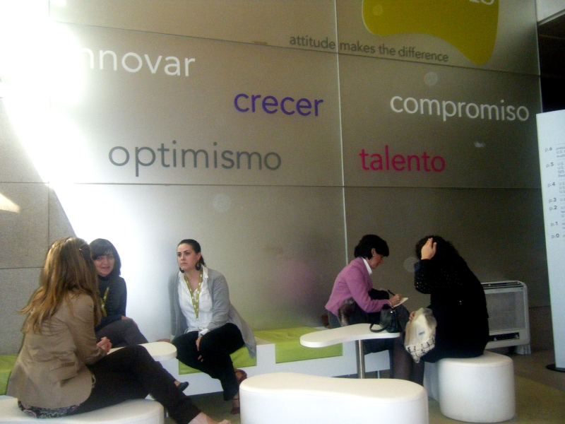 Everis fotos de las oficinas de una de las mayores for Oficina mutua madrilena