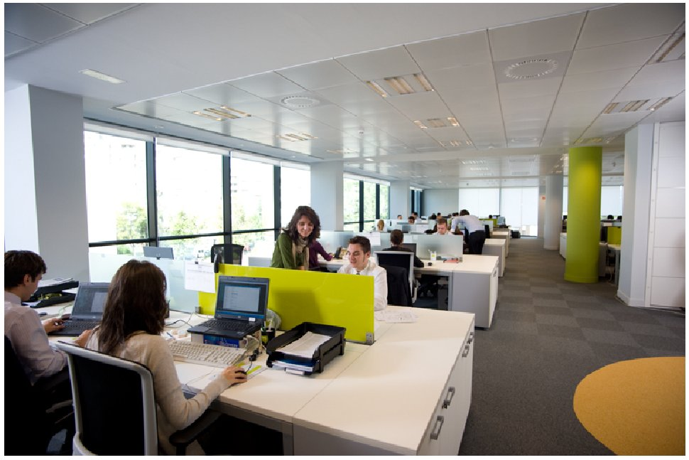 Everis fotos de las oficinas de una de las mayores for Vaciado de oficinas en madrid