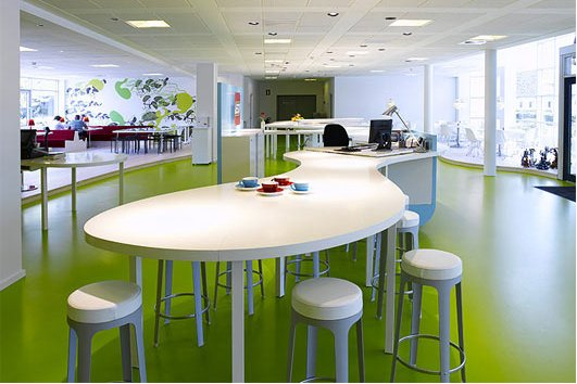 Lego fotos de las oficinas de juguete idealista news - Oficinas bosch madrid ...