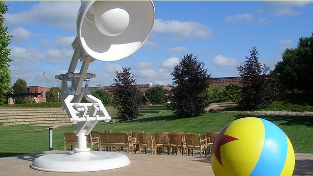 Pixar fotos de las oficinas de los creadores de toy story for Oficinas pixar