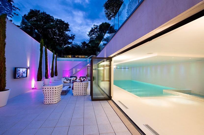 Mansión de diseño con piscina y cine en pleno londres (fotos)