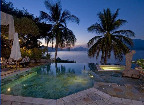 vista desde la piscina del océano pacífico
