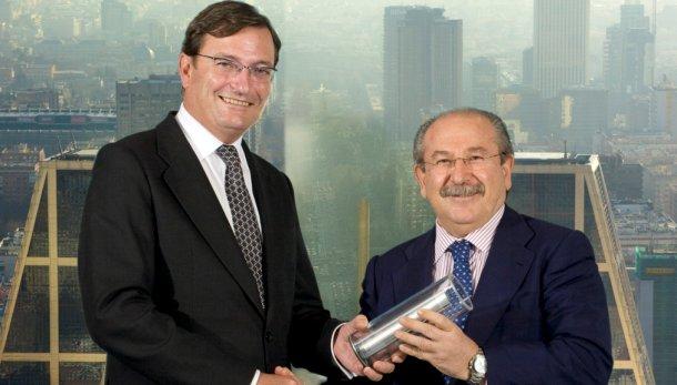 Carlos Mas, presidente de PwC, y Luis del Rivero, presidente de Sacyr Vallehermoso