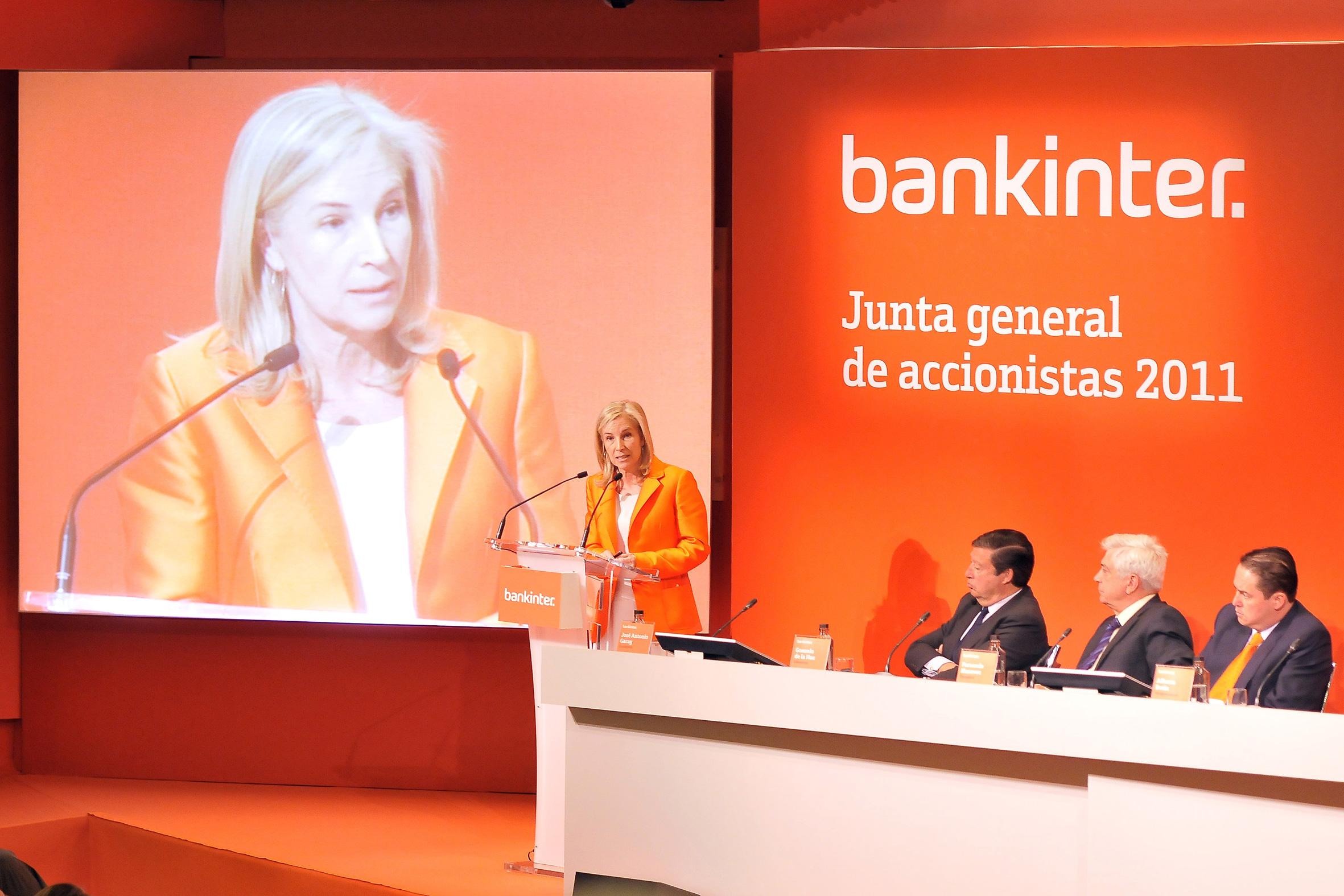 imagen de la última junta de accionistas de bankinter