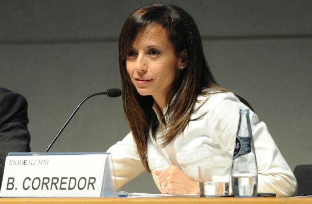 Beatriz Corredor durante la conferencia