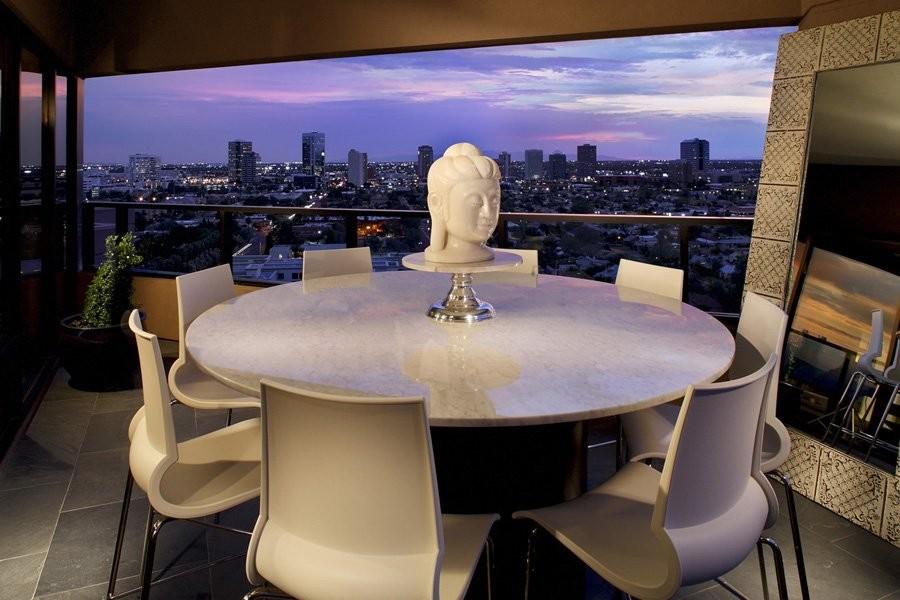 Una obra de arte con vistas de 360º A la ciudad de fénix