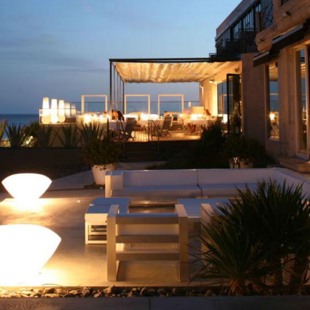Hoteles con encanto farol design hotel sobre las rocas - Hoteles con encanto en lisboa ...