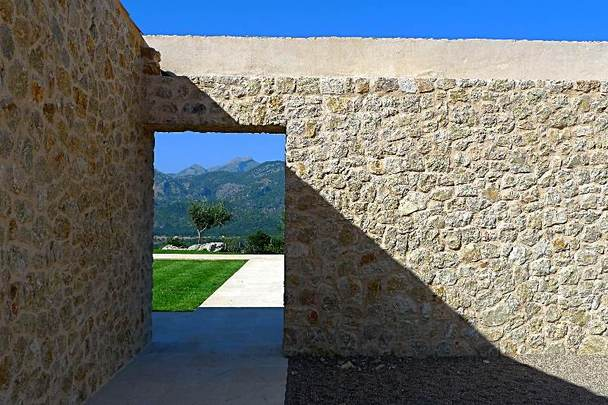 Villa rústica de lujo en plena naturaleza mallorquina