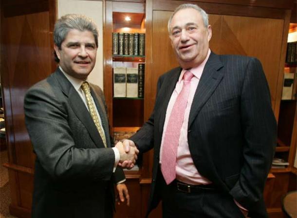 foto oficial de la firma del acuerdo hace 4 años