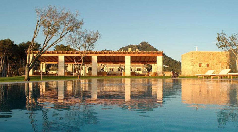 Hoteles con encanto can simoneta sobre un acantilado en mallorca idealista news - Hoteles con encanto y piscina ...
