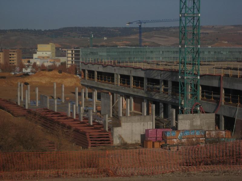 Errores/horrores urbanos: estado del hospital de Toledo, que paraliza sus obras tras invertir 140 millones