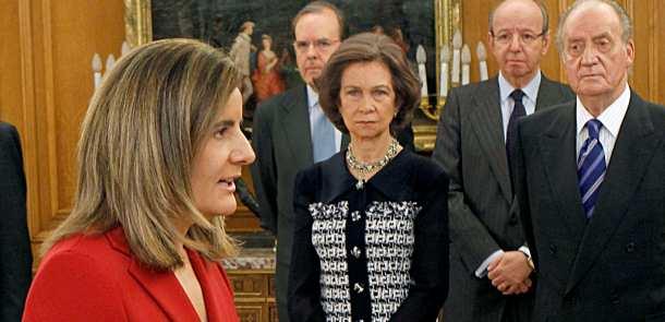 fátima báñez, ministra de empleo, en la jura del nuevo gobierno de españa
