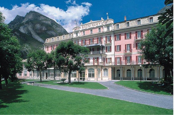 Hoteles con encanto: termas en el hotel bagni nuovi desde las que ver los alpes nevados