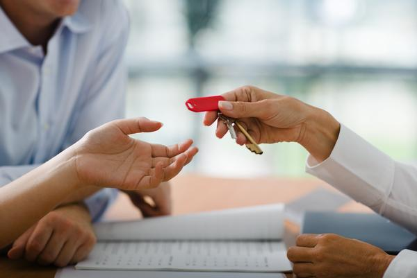 cientos de miles de familias tendrán que entregar sus llaves al banco