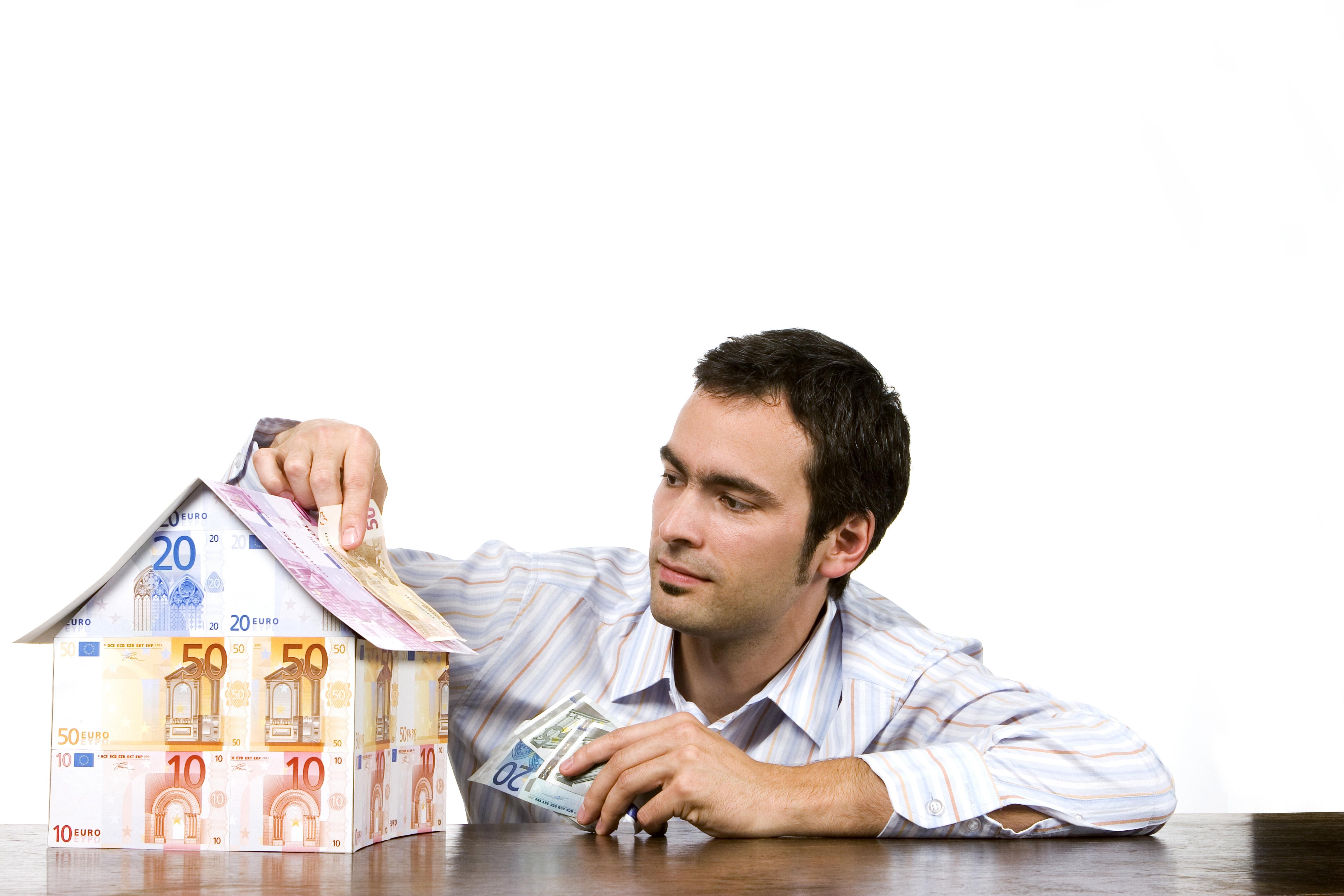 para vender hay que poner un precio acorde con la hipoteca que el banco daría a tus compradores