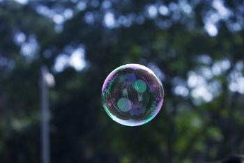 el mercado está corrigiendo la burbuja