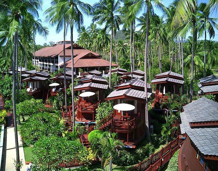 the imperial boat house, resort con forma de barco en tailandia