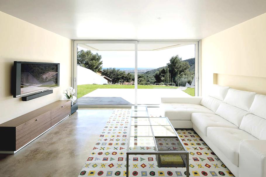 Casas de ensue o vivienda contempor nea con vistas a la for Casas modernas idealista