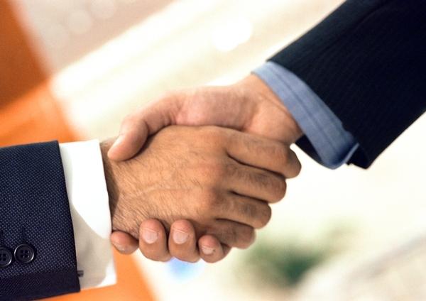 l contrato puede ser cancelado por ambas partes atendiendo siempre a una serie de causas