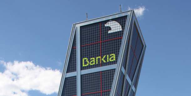 Las torres kio y foster de bankia en el punto de mira de for Buscador oficinas bankia