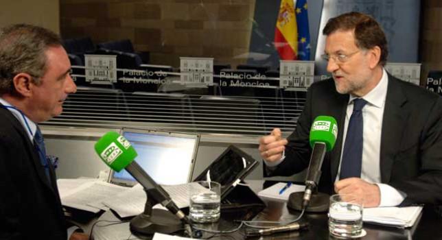 carlos Herrera entrevistando a Mariano Rajoy en La Moncloa (Foto: Ministerio de Presidencia)