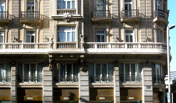 edificio de bbva en madrid