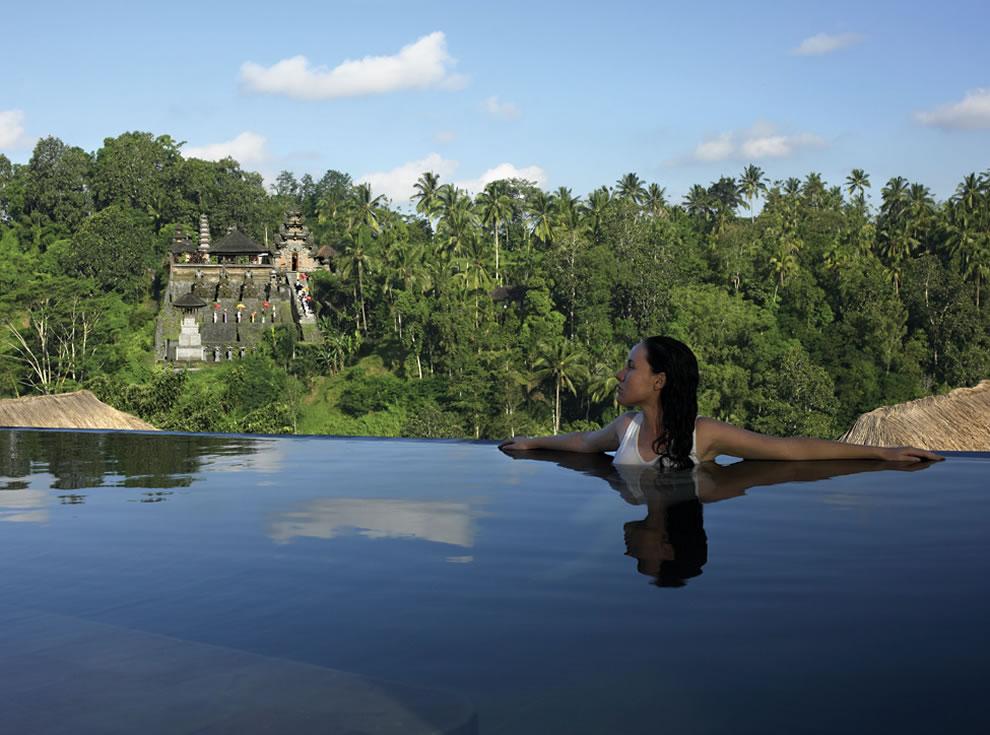 Las piscinas de horizonte infinito m s exquisitas del for Fotos de piscinas infinity