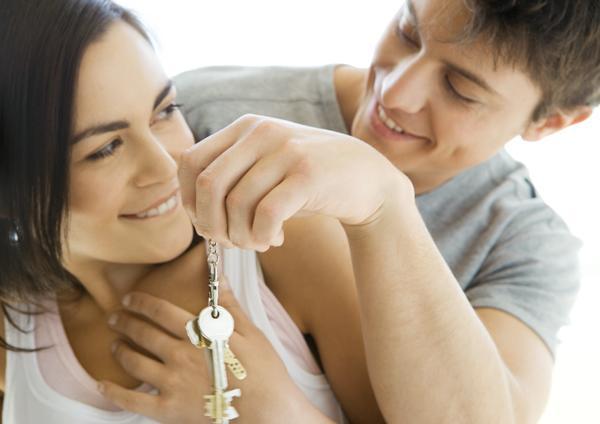 el gobierno ha reducido un 30% la ayuda al alquiler para jóvenes