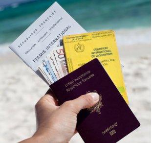El gobierno estudia dar permiso de residencia a extranjeros que compren pisos a partir de 250.000 euros