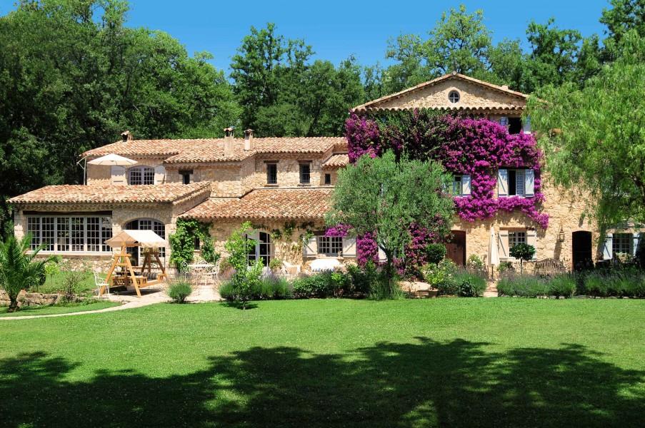 Casas de famosos: sale a la venta la casa de la cantante édith piaf en cannes por 6,89 millones de euros