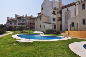 Los 50 pisos nuevos con piscina más baratos de España