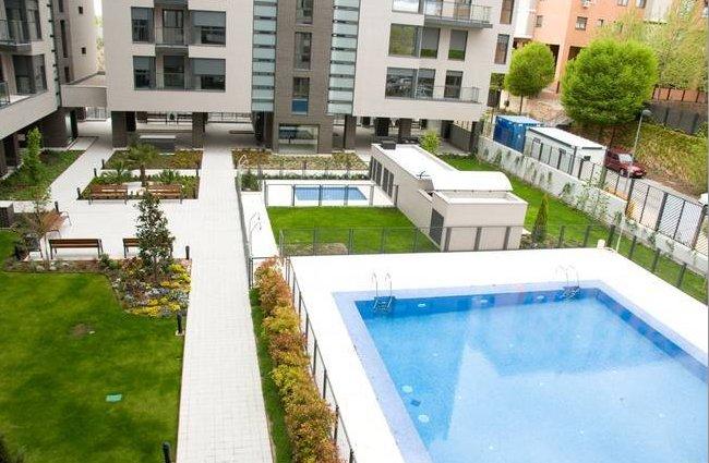 Las 33 casas nuevas con piscina m s baratas de la comunidad de madrid tabla idealista news - Pisos baratos de bancos ...