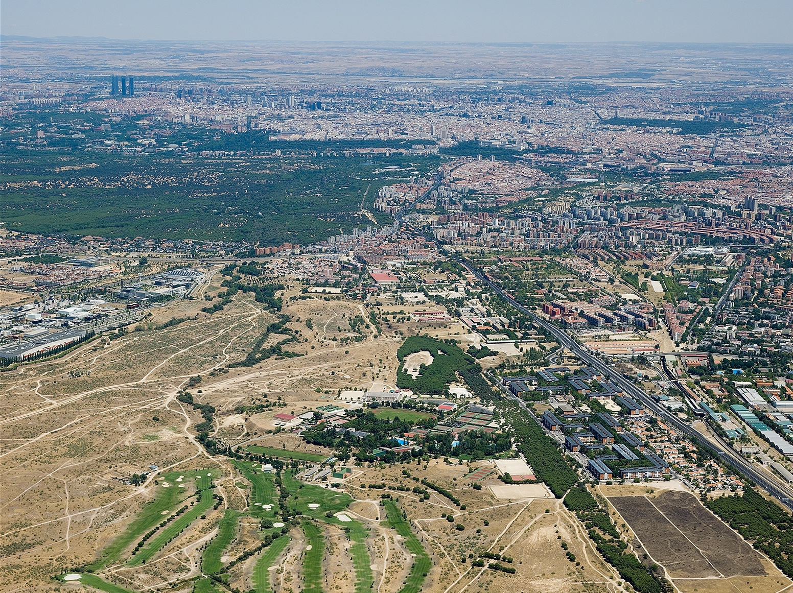 """imagen aérea de la conocida """"operación campamento"""""""