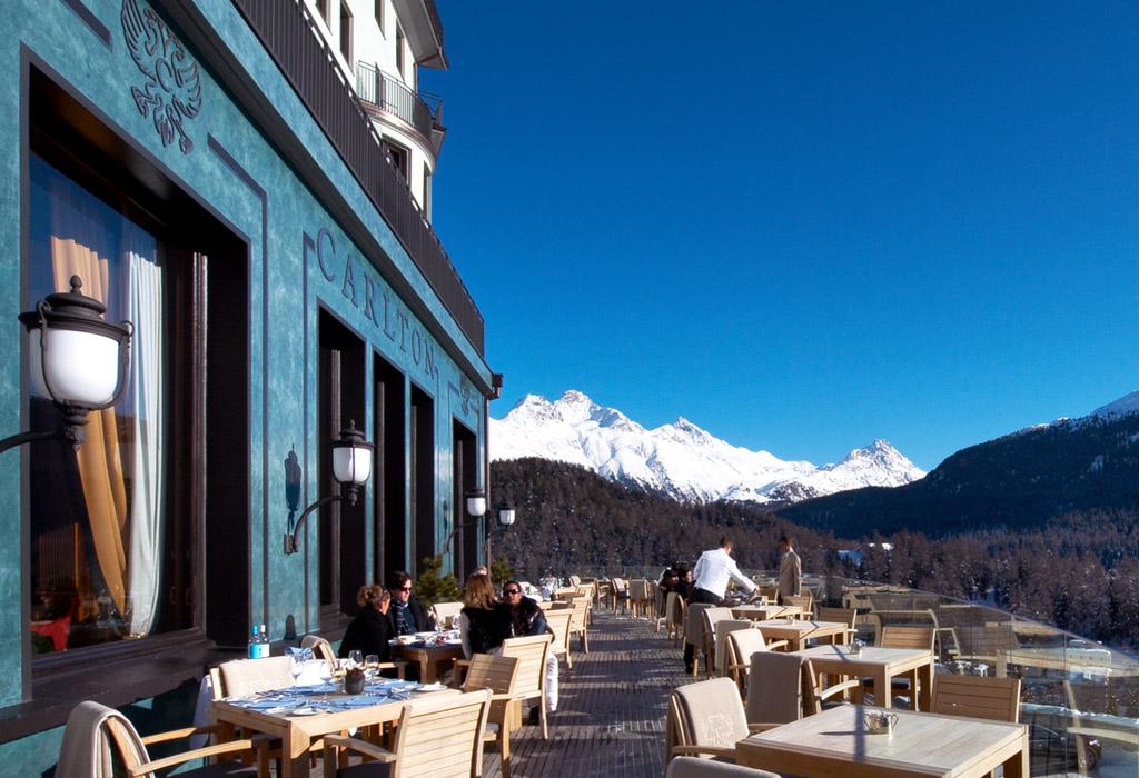 Hoteles con encanto una joya donde alojarse en los alpes suizos idealista news - Hoteles con encanto y piscina ...