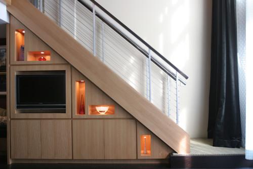 Decoraci n qu poner debajo de las escaleras fotos for Muebles de madera para debajo de la escalera