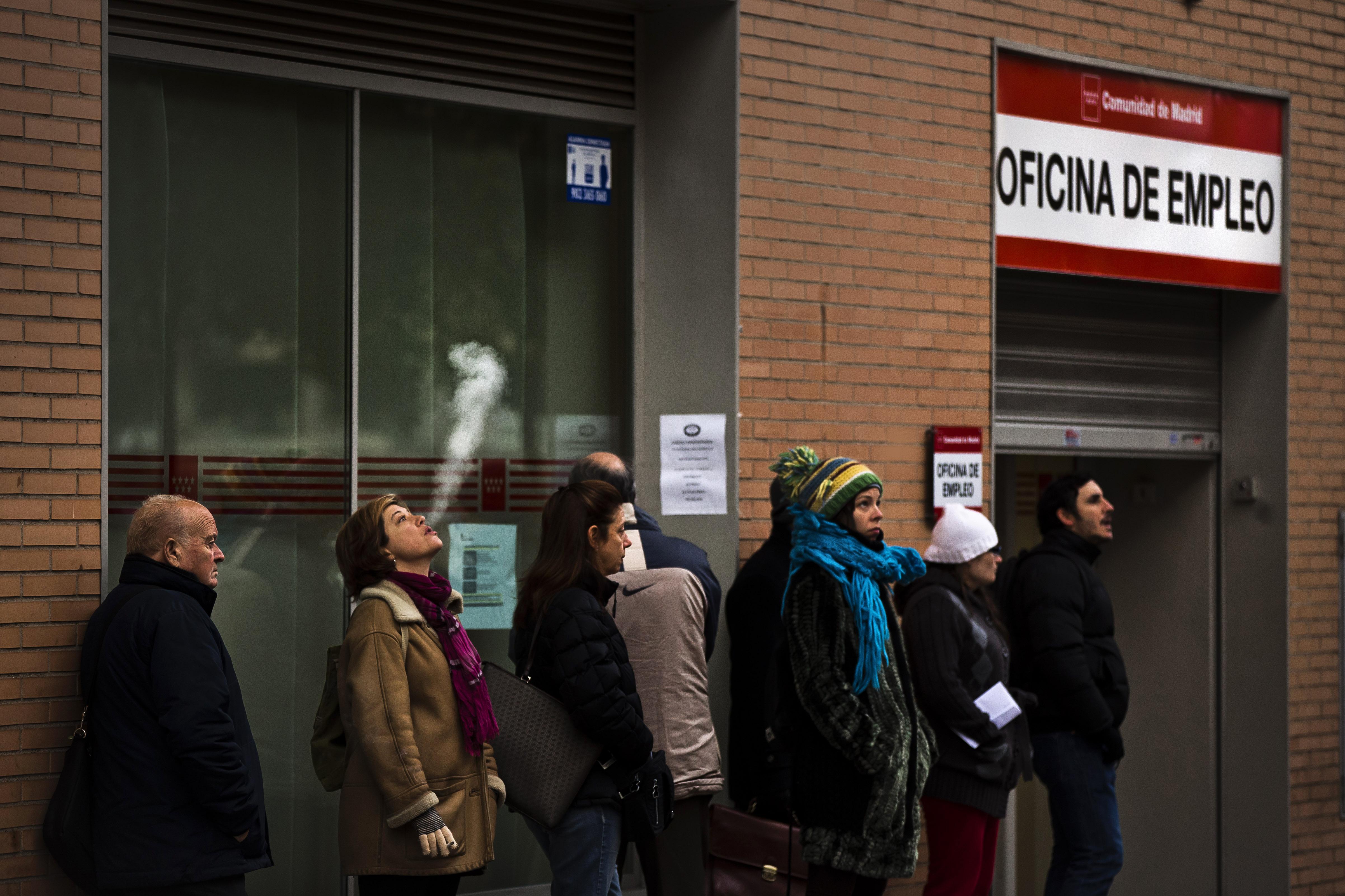 el empleo en españa podría tardar 17 años en volver a los niveles precrisis