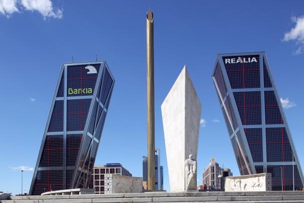 bankia despedirá a 4.500 empleados