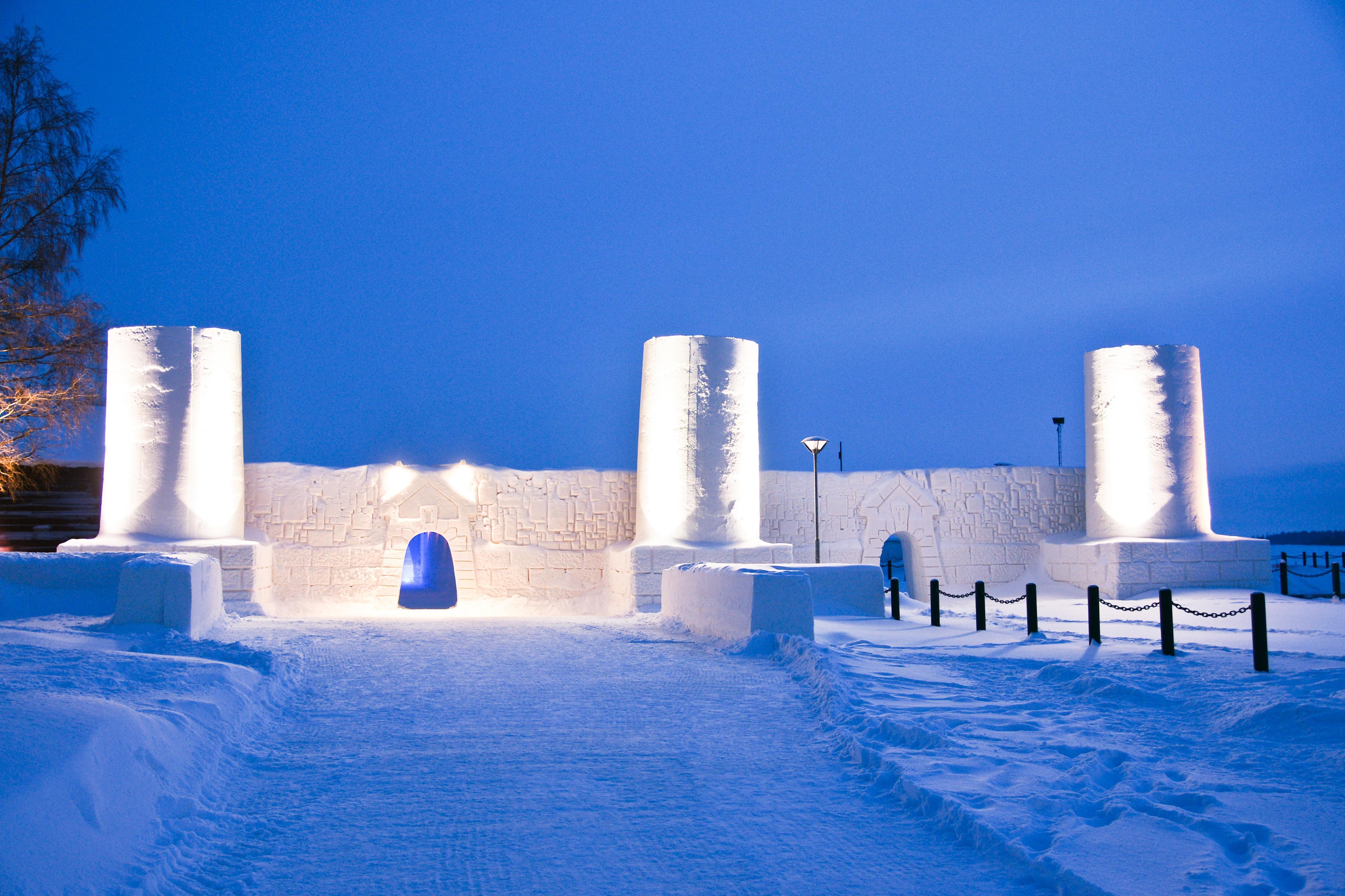 imagen exterior del castillo de hielo