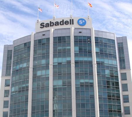 Testa vende un edificio de oficinas en miami por 184 for Buscador oficinas sabadell