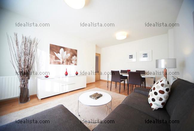 Las 24 casas nuevas grandes y con piscina m s baratas del for Idealista pisos mostoles