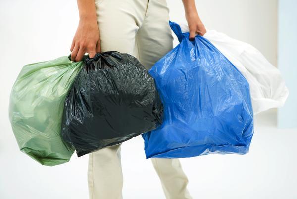 qué hacer si el vecino deja la basura en el rellano