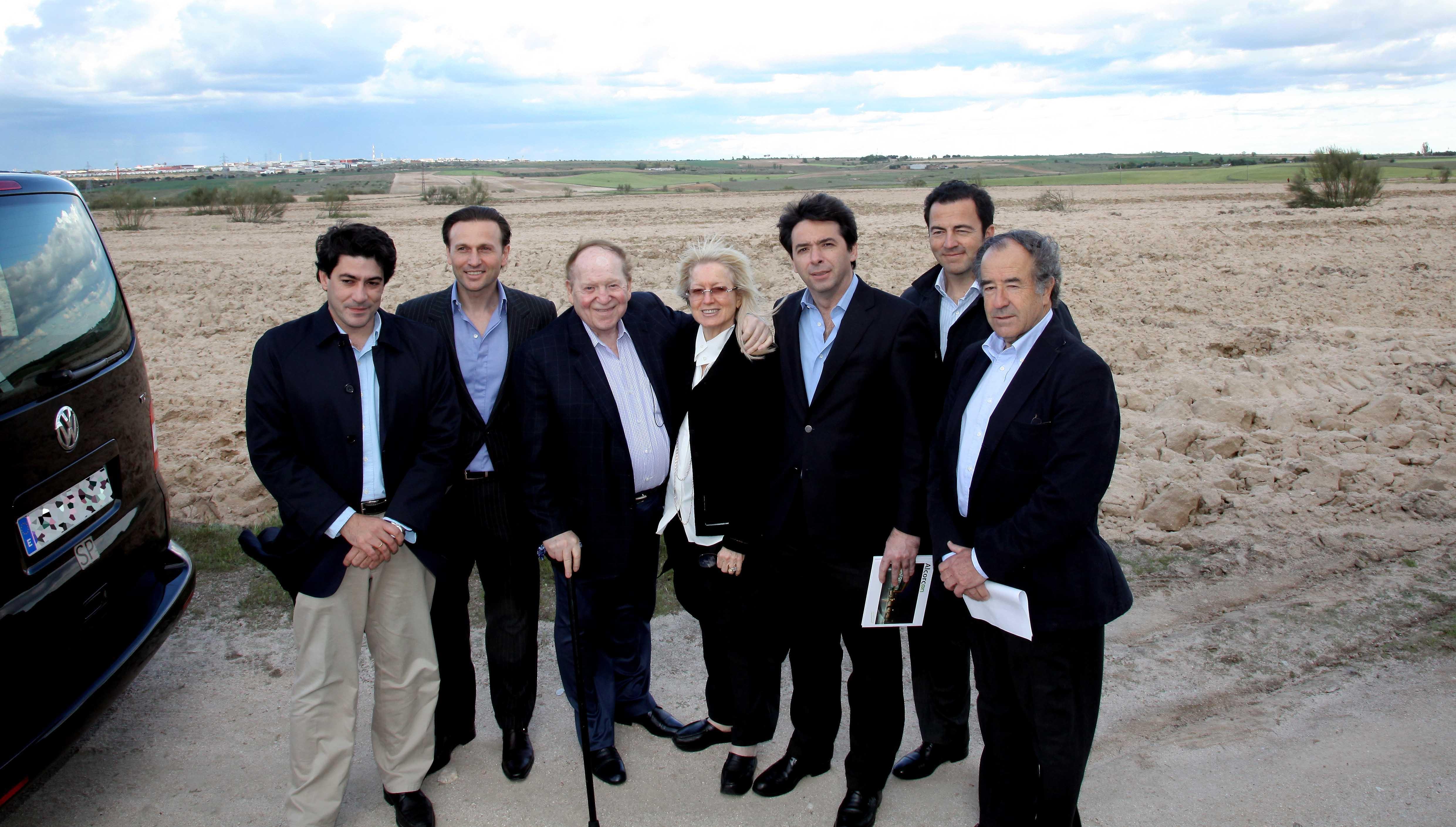 sheldon adelson con el alcalde de alcorcón
