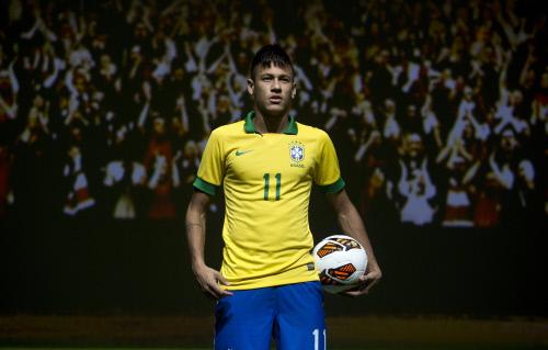 neymar da silva, nuevo jugador del f.c. barcelona busca casa en la ciudad condal